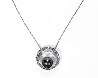 DIAMOND and Gray Cultured Tahitian Pearl Necklace, 9mm Circle Pendant 14K White Gold, 0.40 Ctw Bridal Anniversary - Jewelry by edmdesigns