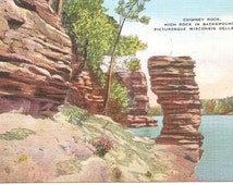 Vintage 1920's -1940's  Linen Postcard Used Chimney Rock, Picturesque Wisconsin Dells, WI