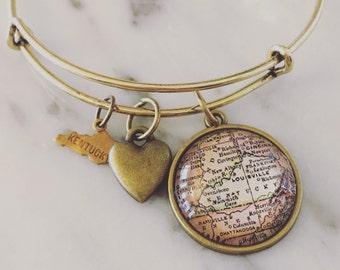 Kentucky Map Charm Bangle Bracelet - Personalized Map Jewelry - Kentucky Love - Travel - Wanderlust - State Pride - Stacked Bangle