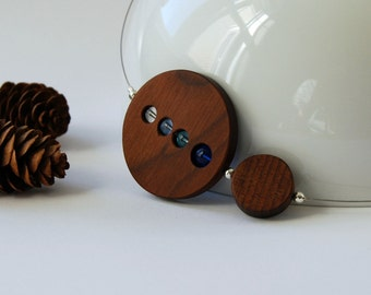 wood circles and blue glass beads necklace