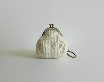 White Small Coin Purse, Change Purse, Coin Holder, Coin Purse, Coin Pouch, Gifts Under 20, Fashion Accessories, Money Holder, Keychain