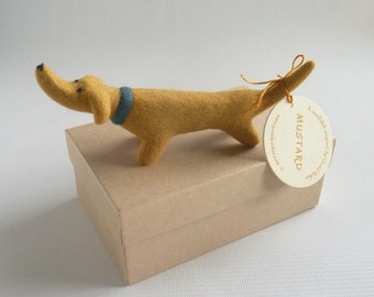 Mustard - needle felted sausage dog by Gretel Parker with gift box
