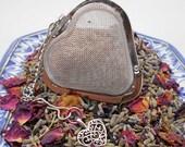 Mesh Tea Ball Infuser in Heart Shape - Valentine, Love, Tea Lover, Tea Gift, Tea Ball, Tea Infuser, Heart, Gift for Mom