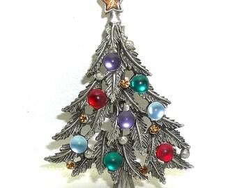 Moonglow Rhinestone Christmas Tree Pin vintage JJ jewelry