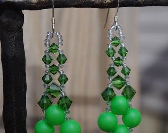Swarovski Elements Pearl and Crystal Neon Green Prom Bridal Wedding Chandelier Earrings