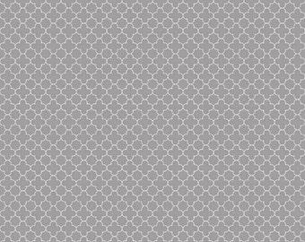 SALE Riley Blake Mini Quatrefoil Gray - 1/2 Yard