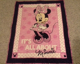 Pink Minnie Mouse Wallhanging