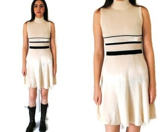 70s knit dress 1970s vintage turtleneck dress RETRO cream ribbed knitted turtle neck dress small