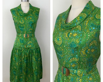 60s Green Paisley Silk Belted Shift Dress, Size Medium to Large