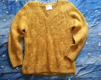 Vintage Butternut Hand Knit Wool Sweater • Made in Italy