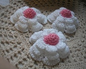Crochet Raised Daisy Flowers in French Rose and White Set of 3
