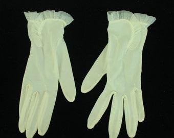 FOWNES IVORY Nylon GLOVES, Size 8