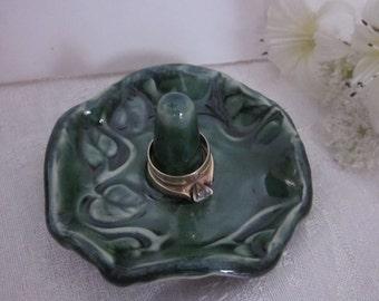 RING HOLDER Ivy Design Glossy Green