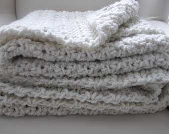 Chunky knit wool throw blanket ~ Natural
