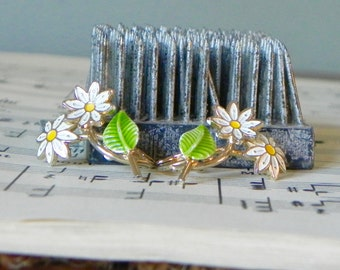 Vintage metal enamel enameled daisy earrings drop daisies with stems green white yellow clip on 1 inch long or tall