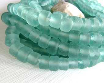 Aquamarine Recycled glass beads , sea green tone  , blue green tone , matte frosted irregular  rondelle  10mm ( 16 beads ) 6BK3