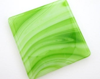 Apple green glass coasters - handmade drinks mat, bar accessories, gift idea for wine lovers, colorful home accessories, bright home decor