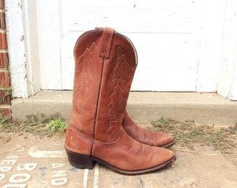DAN POST - Vintage Chestnut Brown Leather Cowboy Boots / Size 10 Mens