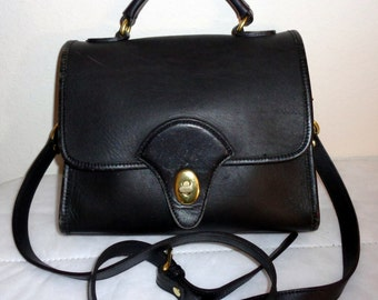 Kirkland Signature  thick glove tanned black leather Station bag ,cross body purse,  flap top satchel , city downtown bag, vintage awesome