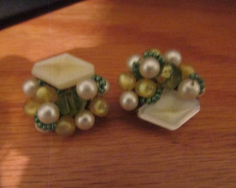 yellow green spring clips