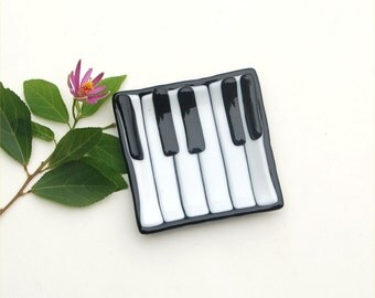Fused glass art plate, piano or keyboard, mini