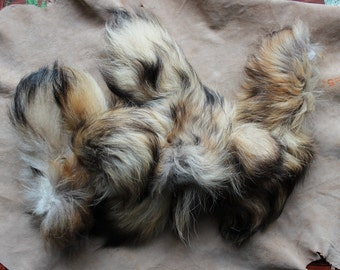 Large priority box full of real tanuki raccoon dog tails for small craft, fly tying and display DESTASH