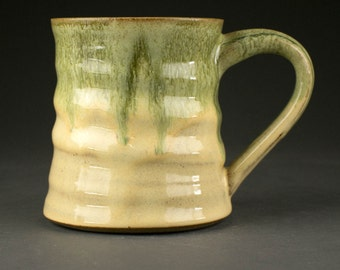18 oz Stoneware Mug