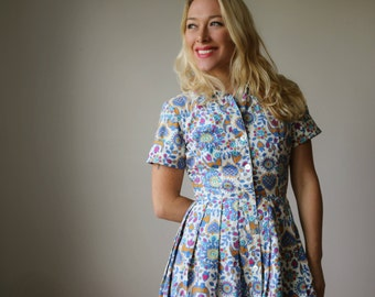 1960s Scandinavian Print Dress~Size Extra Small