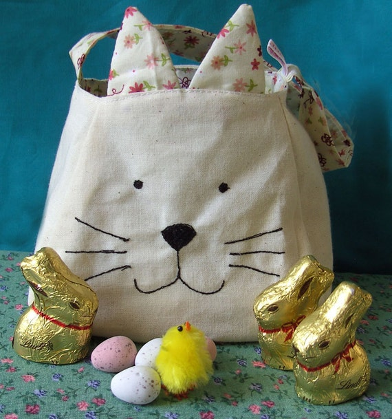 Kitty Cat Bag, printed cotton lining, custom bag, freemotion sewn features, purse, kitty cat tote, gift bag, easter gift bag, easter basket