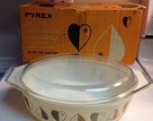 Vintage Pyrex Golden Hearts 045 1958 Promotional Casserole in Original Box