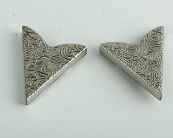 Collar Tip Western Collar Tip, 32x35mm Fancy Scrolled Collar Tip,antique silver pk/2, Antique Silver, 02605AS