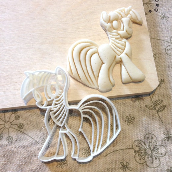 how to make a fondant my little pony topper