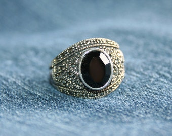 Glittering Faceted Onyx Ring Vintage Marcasite Antiqued Silver Pretty