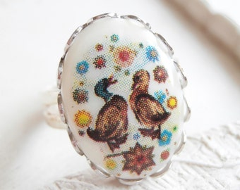 Vintage Cabochon Ring - Two Ducks
