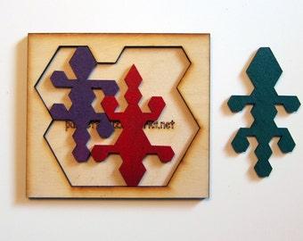 Three Geckos puzzle.