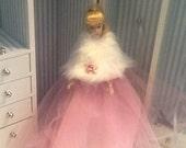 barbie stole