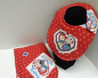 Newborn Baby  Bib and Burp Cloth Set Raggedy Ann and Andy