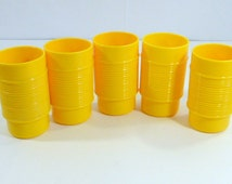 Vintage Yellow Rubbermaid Plastic Drink Tumblers - Set of 5 Retro Kitchen Yellow Juice Water Tumblers  Kitchen Decor Repurpose Coffee Mugs