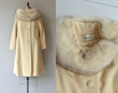 Lilli Ann coat | vintage 1960s fox collar coat | cream wool 50s fur collar coat