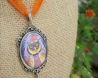 Owl Pendant - Halloween Cameo Pendant - Owl Cameo Necklace - Porcelain Cameo - Owl Watercolor Pendant - Halloween Pendant - Pumpkin Necklace