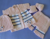 Sale... Baby  Set, Take Home Girl Set, Baby Shower Gift,  Newborn 6/7 Pounds Set,  Take Home Suit, Christmas Gift.