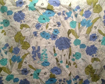 Beautiful Vintage King Size Flat Sheet Periwinkle Aqua French Blue and Green Line Drawing Floral