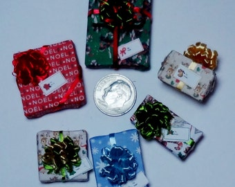 Six Assorted Miniature Christmas Packages set XP122