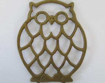 Cute Brass Owl Trivet or Wall Hanging