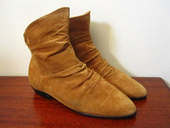 vintage 80s light brown suede slouch ankle boots size 9