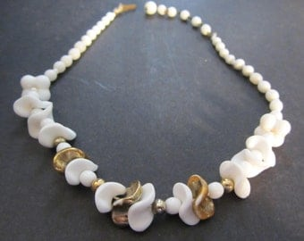 Molded White and Gold Glass Choker Vintage 50's Fabulous Costume Jewelry