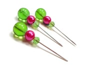Counting Pins Marking Pins Cross Stitch Needlepoint Green Hot Pink Stitch Counter DIY Crafts Stitch Counter