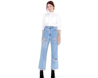 90s light wash DKNY JEANS / high waisted jeans mom jeans boyfriend jeans ripped jeans distressed jeans cropped jeans