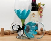 Hand painted wine glass, painted wine glass, flower wine glass, Aqua, aqua wedding, daisy, wine goblet, unique wine glass, flower