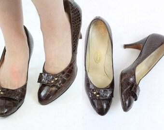 50s Shoes I Miller 9 9.5  / 1950s Vintage Croc Pumps / Workaday Shoes